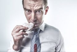 6 Makanan Yang Bikin Lapar Setelah Kamu Mengonsumsinya