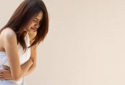 6 Makanan Wajib untuk Mengatasi Masalah Konstipasi Pada Wanita Dewasa