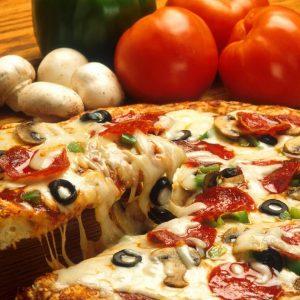 Diet Alami, Cepat Dan Sehat untuk Pria Dewasa, pizza, saus, tomat